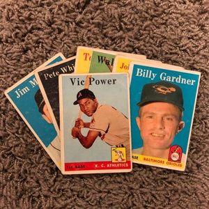 9- 1958 TOPPS Baseball Cards (9 cards)